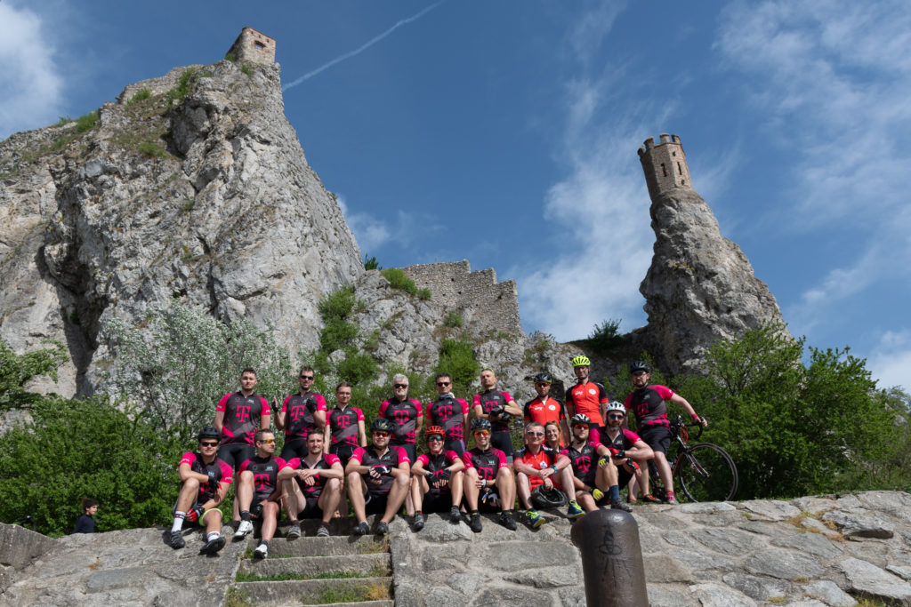 Techbikers CEE 2019: Stopover at the Devin castle