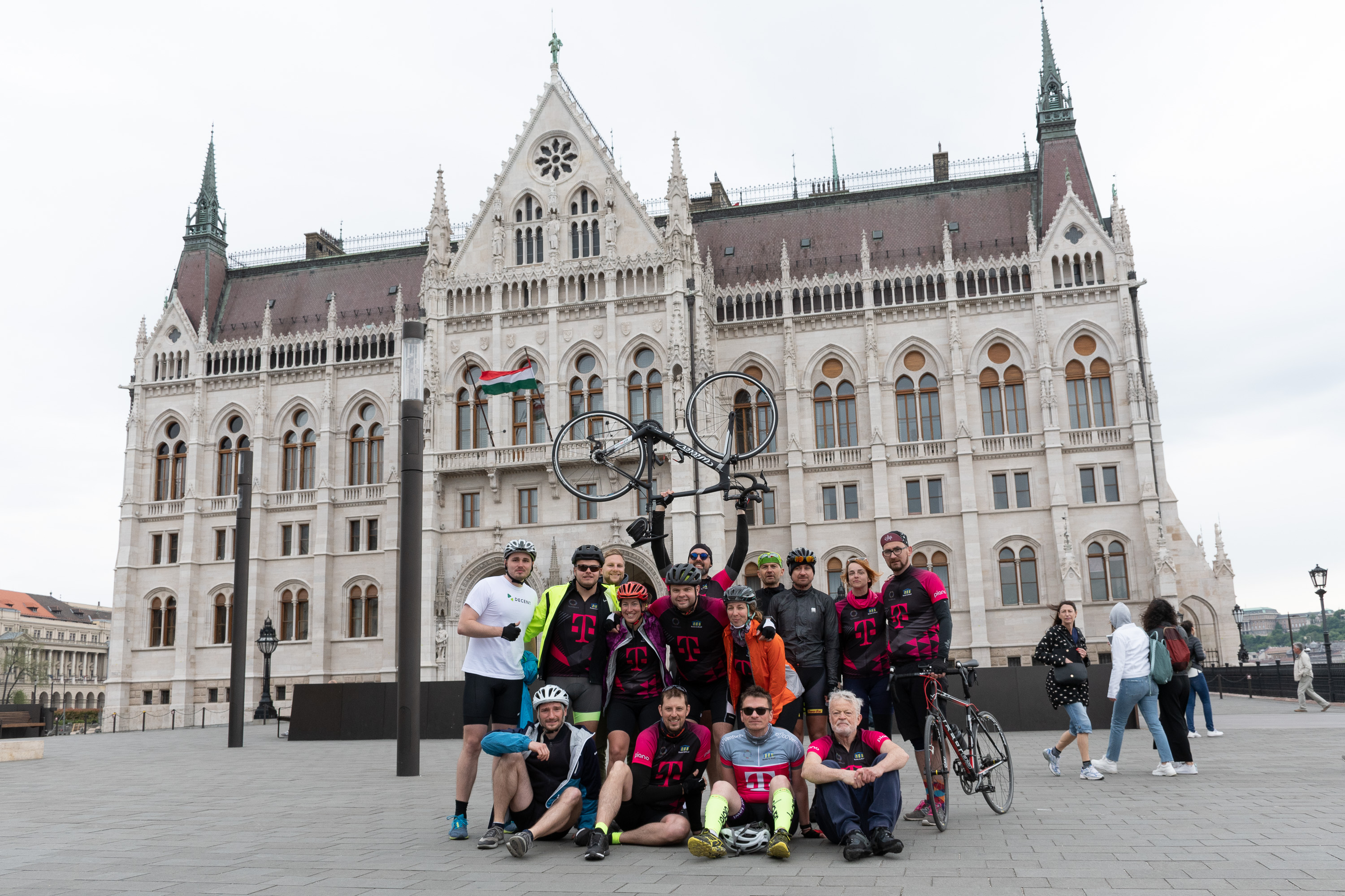 Techbikers CEE 2019: Techbikers have arrived to Budapest!